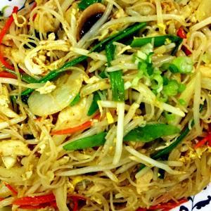 vegetables-singapore-noodles-600x600